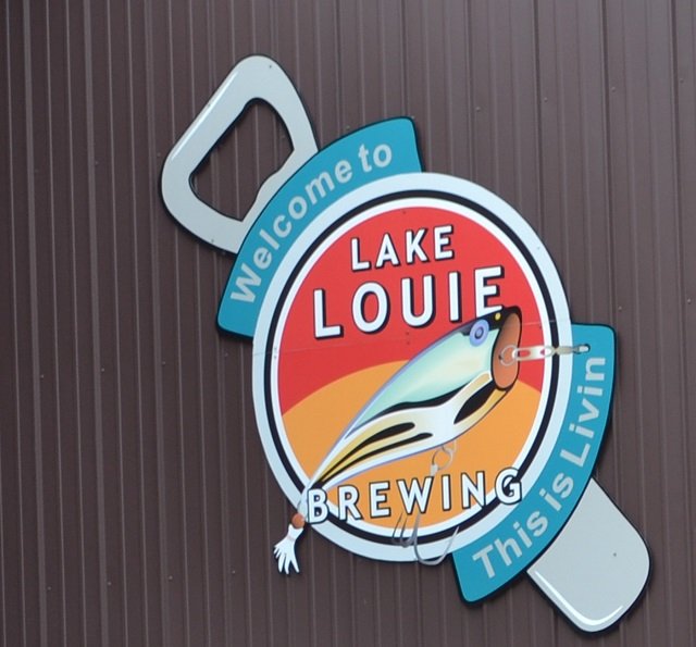 Lake-Louie-Sign
